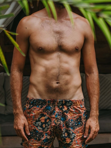 teman-boardshort-hommeimprime-batik-indonesien-adaperlu-marque-eco-responsable-adaperlu